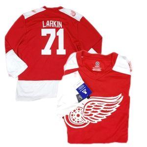 NWT NHL Men Detroit Red Wing LARKIN  V Neck Jersey